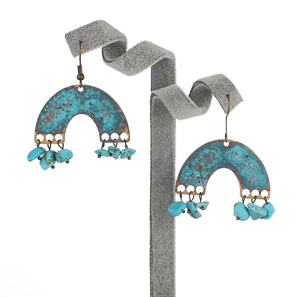 Wholesale-Personality-Metal-Distressed-Stud-Earrings-Geometric (2)