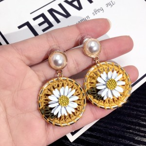 Wholesale Fashion Jewelry Silk Thread Knit Mesh Flower Pearl Earrings