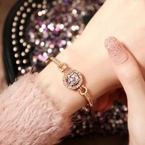 2019 new simple fashion ladies bracelets heart and arrow zircon bracelet