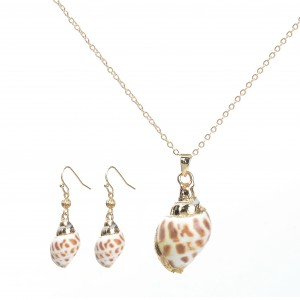 WENZHE New Design Delicate Natural Seashell Pendant Necklace Earring Jewelry Set