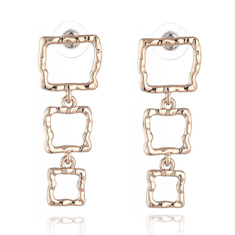 WENZHE Copper metal texture small pit pattern hollow geometric square earrings Featured Image