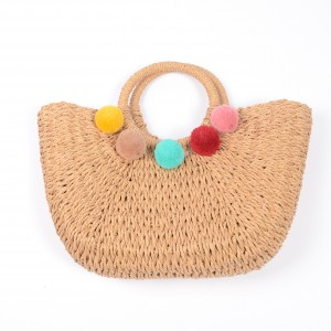 WENZHE Wholesale Straw Bags for Summer with Colorful Pompom Balls Straw Beach Bag