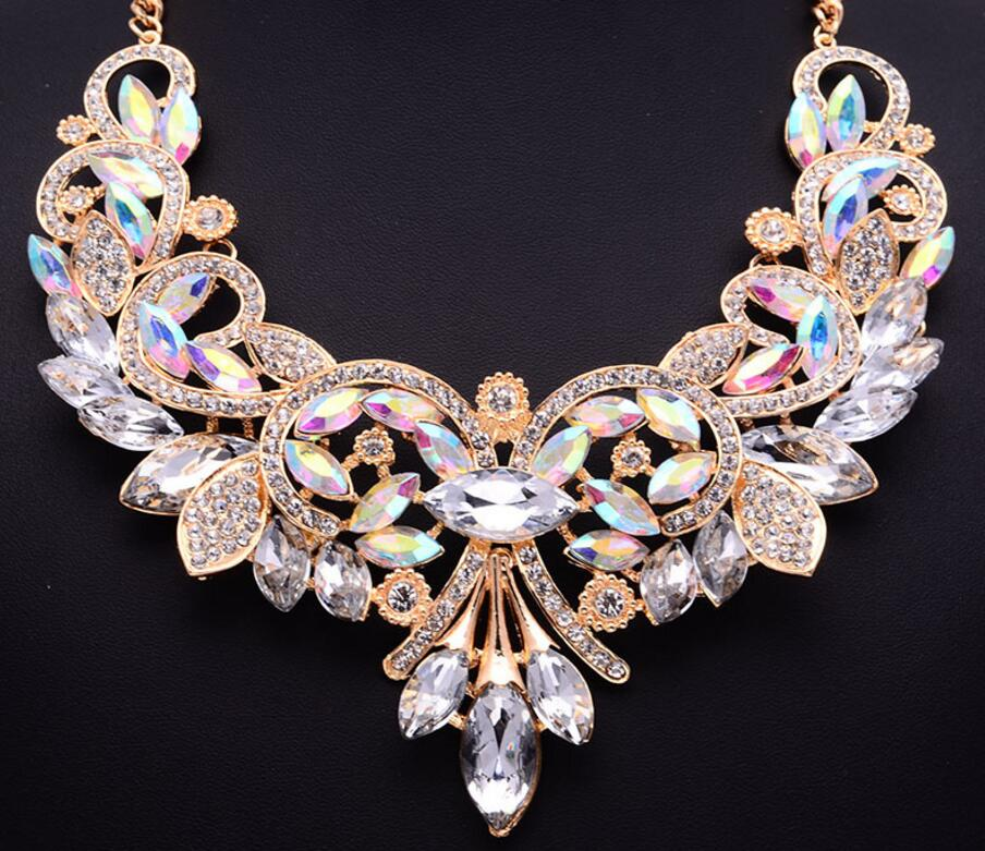 Exaggerated Clavicle Chain Accessories Women Hollow Crystal Flower Statement  Choker Necklace 2693781b5562