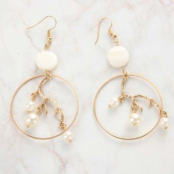 Fashion gold geometric big hoop inner branch dangle pearl earrings Featured Image