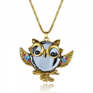 Newest Hot Sale Custom Cute Blue Gem Diamond Owl Pendant Sweater Chain Necklaces Jewelry