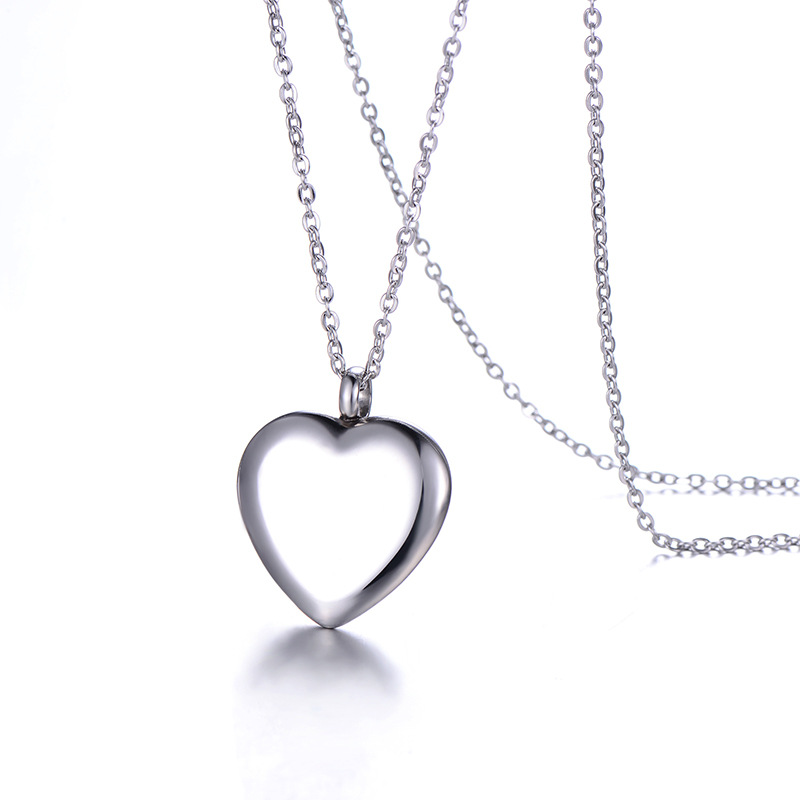 WENZHE Stainless steel lady heart simple pendant necklace Featured Image