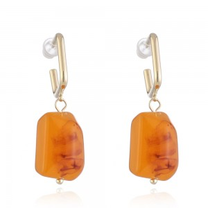 WENZHE Retro amber earrings natural texture resin earring