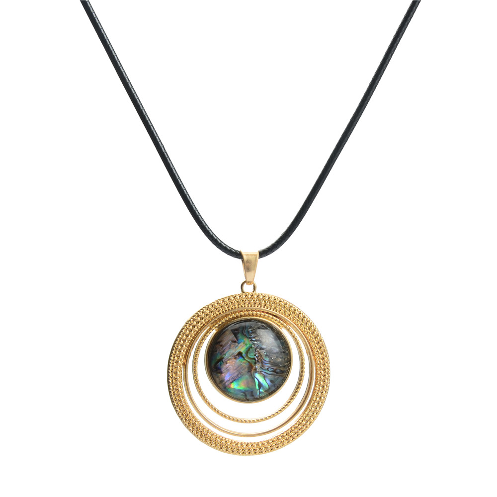 WENZHE New Arrival Round Abalone Shell Circle Gold Plated Necklace Featured Image
