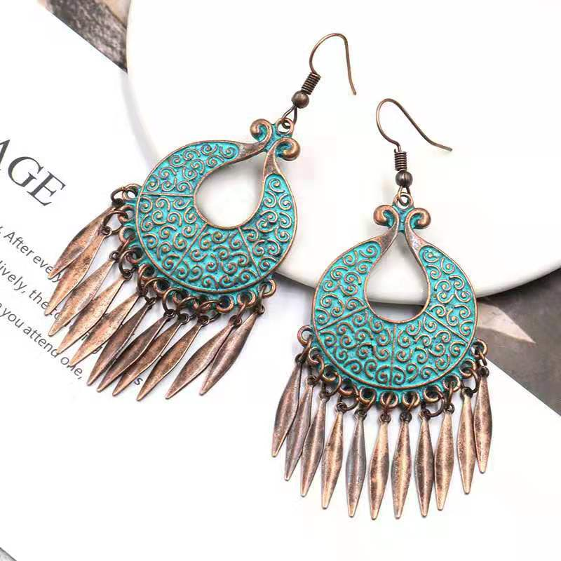 WENZHE Wholesale Vintage Retro Unique Party Bronze Geometry Round Tassel Big Drop Earrings Women Jewelry Featured Image