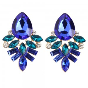 Latest fashion jewelry vintage design ladies earrings wholesale statement zirconia stud earrings women