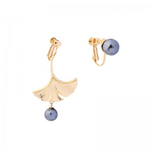 Gold Plated Ginkgo Biloba Designs Black Imitation Pearl Earrings