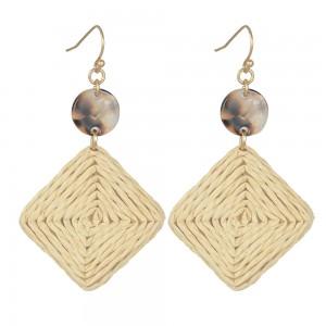 WENZHE Women Handmade Geometric Diamond Shaped Straw Weave Rattan Acrylic Drop Earring