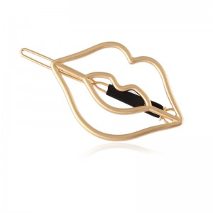 Wholesale new coming European and American women simple fashion temperament lip metal hairpin