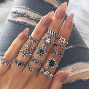 Bohemian retro ancient anemone female new personality ring ring set of 15