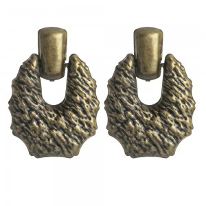 WENZHE Fashion Retro Antique Brass Geometric Stud Earrings