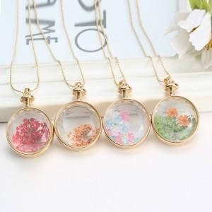 Best Quality Fashion new design Round Gypsophila Dried Flower Necklace Plant Dried Flower Pendant