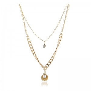European And American Fashion Simple Temperament Pearl Shell Shape Pendant Multi-Layer Short Clavicle Necklace