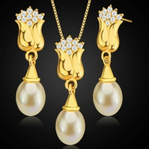 New Style Fashion Bridal Necklace Earrings Two Piece Set Pearl Copper Plated 18K Gold Rose Jewelry Set