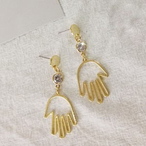 New Arrival Fashion Gold Earring Jewelry Hand Shape Earrings Women