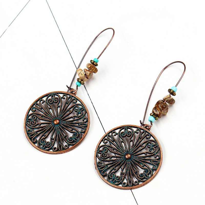 European-and-American-popular-openwork-alloy-earrings (1)