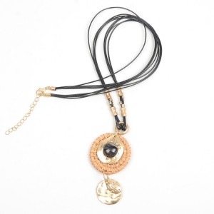 WENZHE Gold Plated Rattan Weave Alloy Pendant Multi-layer Necklace