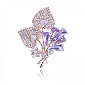 WENZHE Elegant Fashion Custom Women Crystal Flower Metal Brooch For Women