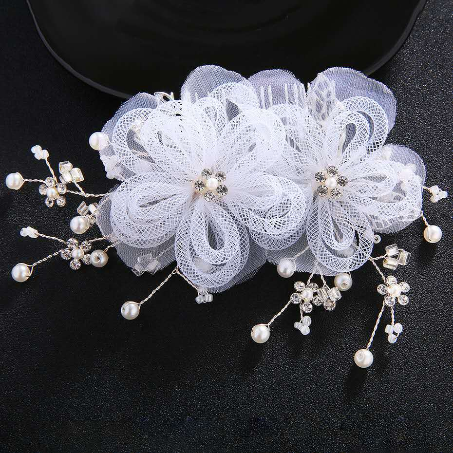 Creative-fashion-lace-flower-pearl-bride-gift