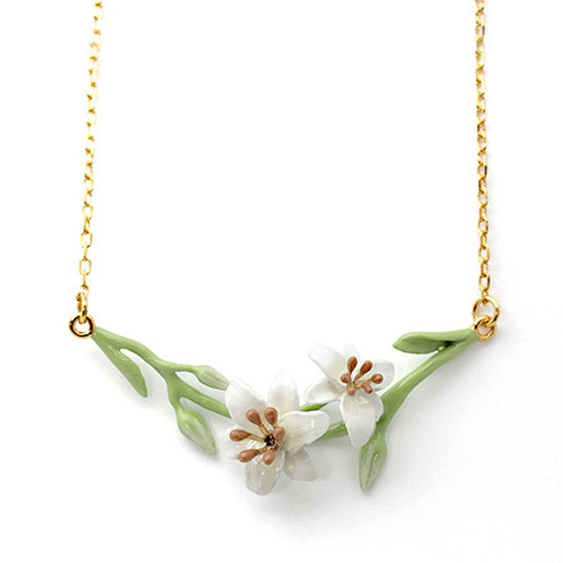 Lily Short Necklace  Flower Lily Necklace Featured Image