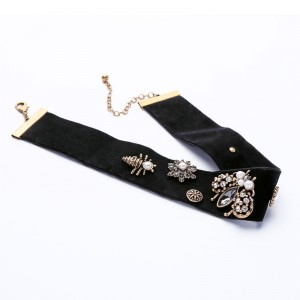 New Chic Bee Insect Velvet Choker Necklace Antique Jewellery