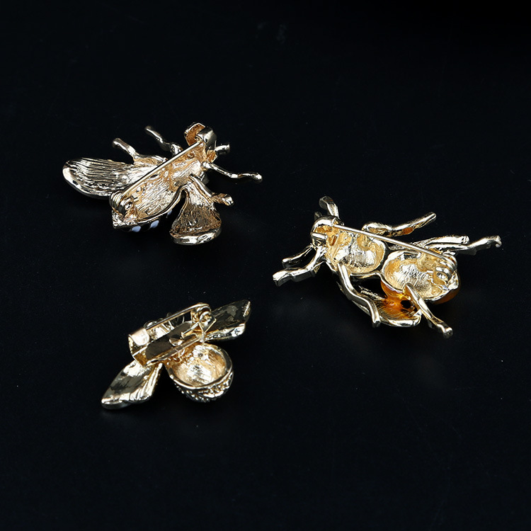 2019-new-painted-bee-brooch-animal-accessories (3)