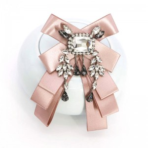 WENZHE European New Wholesale Rhinestone Brooch Exaggerated Female Korean Bow Tie Women Brooch