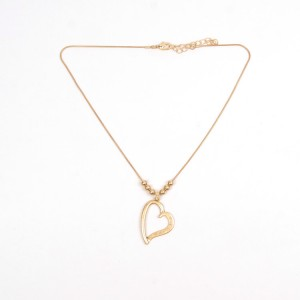 WENZHE Heart Gold Plated Short Alloy Necklace