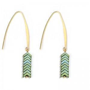 Summer New Hot Trend Colorful Ore Stone Arrow Hook Earrings