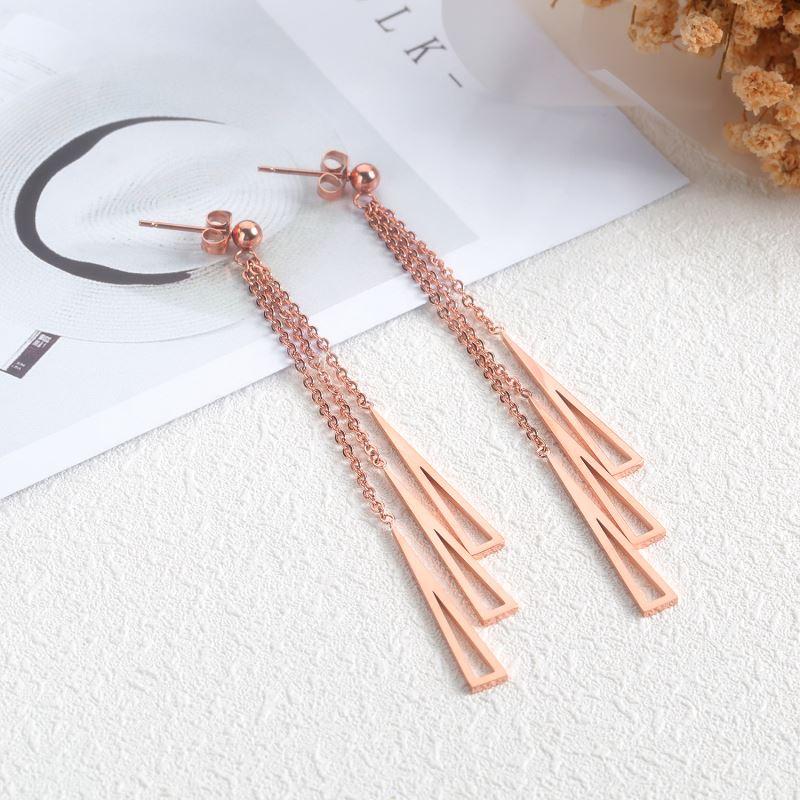 Particular-Custom-Girls-Earrings (2)
