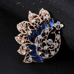Gold Plated Animal Jewelry Peacock Crystal Rhinestone Brooch Costume Jewelry