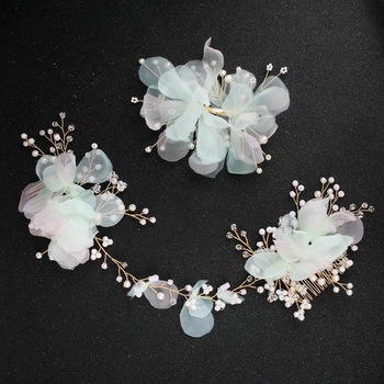New style fashion women's bride petals pearl hair comb hair clip two-piece headwear Featured Image