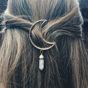 New fashion hair accessories natural stone pendant hollow alloy moon hairpin