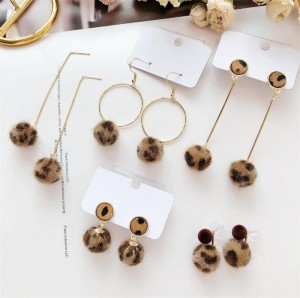 wholesale female fashion earrings retro leopard earrings with ball